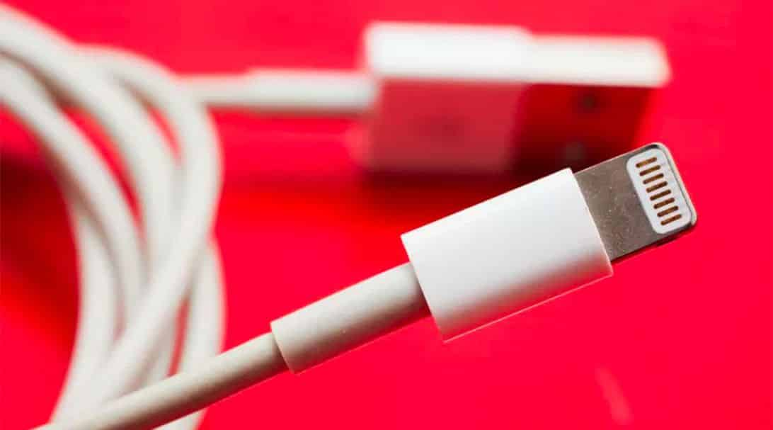 cnet-cheap-expensive-08a-apple-lightning-cable